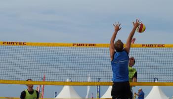 Meer bewegen? Ga volleyballen!