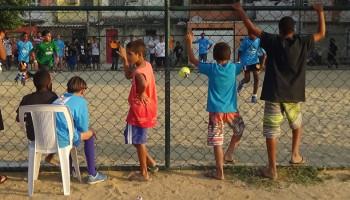 Sportactiviteiten in sloppenwijken van Rio