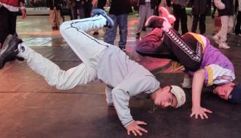Inspiratie: jongeren sporten en dansen op Urban Emoves festival