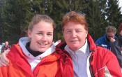 Karin over haar softballende dochter Chantal Versluis