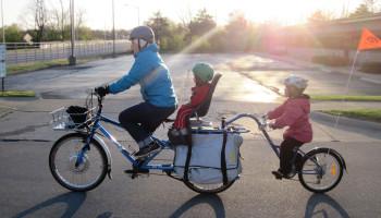 Veilig achterop de fiets met spaakafschermers