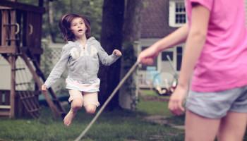Buro Bloei over waarom juist schoolgaande kinderen moeten bewegen
