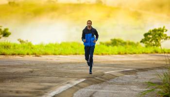 Waarom val ik niet af als ik ga hardlopen?
