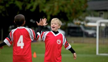 Sportpsycholoog: Zo kies je een sportclub met goede sfeer