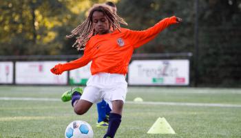 7 redenen waarom je kind moet voetballen