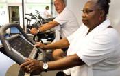 Hoe verleid je ouderen tot bewegen door een beweegvriendelijke omgeving?