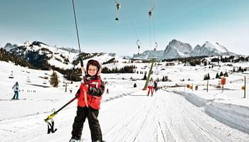 Skiën met kinderen: pisteregels en weersomstandigheden