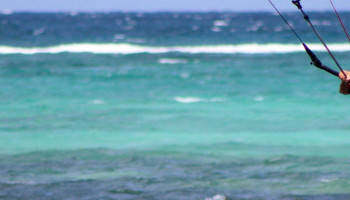 Vrouwen in sport: de mannen bij kitesurfen mogen oppassen