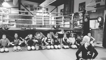 Weerbaarheid en winnen met kickboksen in Arnhem