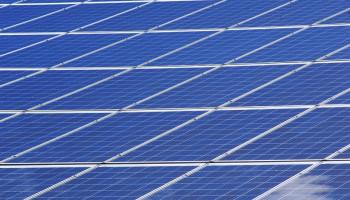 De installatie van zonnepanelen kun je makkelijk zelf doen