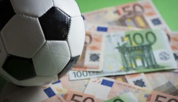 Hoeveel geld geven gemeenten uit aan sport: 2015