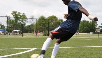 'Voetbaldokter' Jan Ekstrand deelt verrassende inzichten voetbalblessures