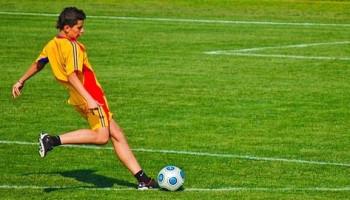 Voetbalspecifieke taken zijn 24 uur na krachttraining niet meer verslechterd