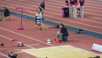 Topatleten springen niet verder door Kinesio Tape®