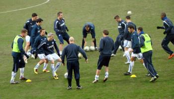 Alleen actieve en sportspecifieke warming-up verbetert de prestatie