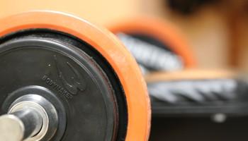 Krachttraining met onbekend gewicht verbetert werpsnelheid van handballers