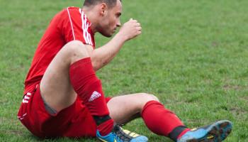 Profvoetballers hoeven kunstgras niet te vrezen