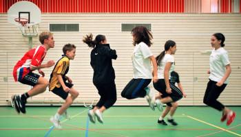 Stimuleren actieve leefstijl in beweegonderwijs doe je samen!