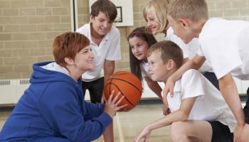 Voorkom uitval van jongeren in de sport door meer verbondenheid