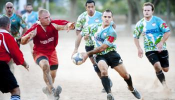Adem uit: rugbyers houden sprinttest langer vol door training met minder zuurstof