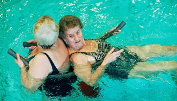 Het belang van bewegen voor ouderen in woonzorginstellingen