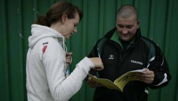 Naar een veilig sportklimaat: als trainer sta je er niet alleen voor